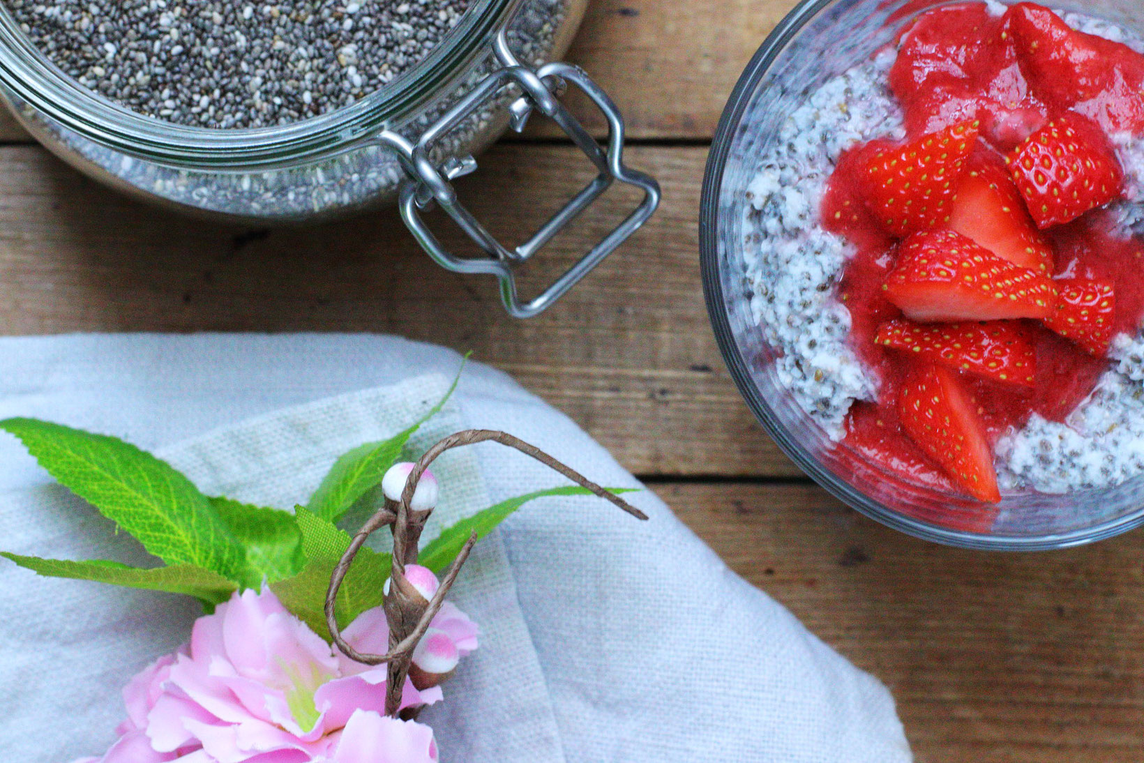 Gesunder Kokos Chia Pudding zuckerfrei gesund Clean Eating Thermomix