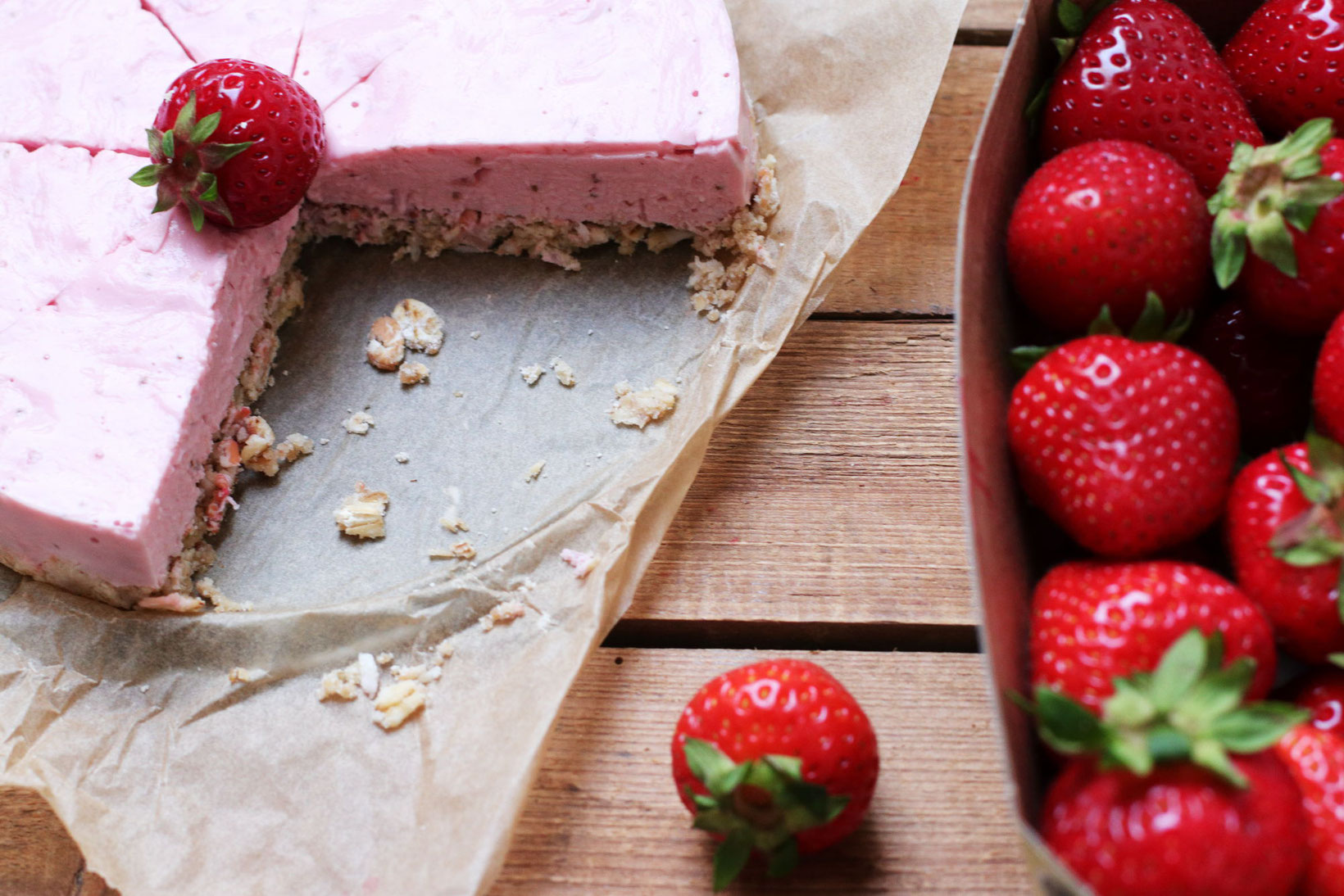 No Bake Strawberry Foodrevers
